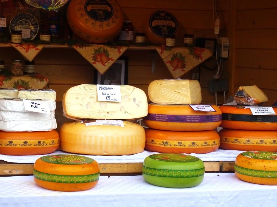 Gran surtido de quesos.